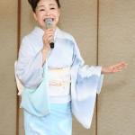 中村美律子、湯布院で新曲「おもいでの宿」をPR