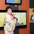 原田悠里、カラオケボックスで初の「秋月の女」キャンペーン01