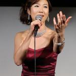 椎名佐千子 スペシャルイベント開催 ドレス姿で昭和歌謡を披露