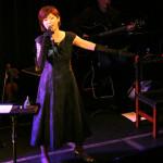 伊藤美裕、中森明菜の名曲の数々を熱唱!「歌謡曲のバトンを受け継ぎたい」