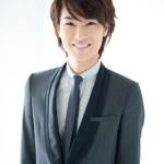 【動画】演歌歌手・山内惠介さんの美声が札幌ドームに響く!美しすぎる国歌斉唱