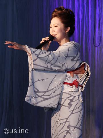 山口瑠美 新曲「雨の錦帯橋」発表会