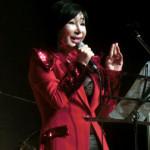 ニーウン 菊田くみ子ディナーショーにゲスト出演!「いっそベッサメ・ムーチョ」を披露