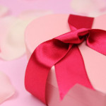 バレンタインデーに日頃の感謝と愛を!「夫婦」の演歌をまとめてみました。