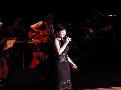 神野美伽コンサート画像2