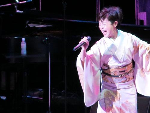 神野美伽コンサート画像3