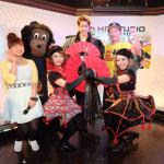 人気舞踊家&歌手・花園直道が新曲「東京・ア・ゴーゴー」発売記念スペシャルライブ。ゴーゴーカレーが応援