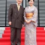 嶋三喜夫の新曲がヒットの兆し。東京・西新井大師で同じレコード会社の遠山洋子とジョイントキャンペーン