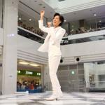 山内惠介が東京・池袋サンシャインでデビュー15周年ベストアルバム発売記念イベント