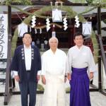 鏡五郎が茨城・笠間稲荷神社で新曲「花火師かたぎ」歌唱奉納&ヒット祈願。花火師・野村陽一さんがモデルに