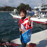 大城バネサの新曲「俺の漁歌」が4万枚を突破。岩手・陸前高田で震災以来、初めて再開する「広田湾大漁まつり」に参加。東北と自身の大漁を祝って熱唱!