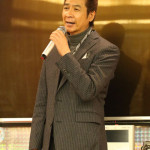 山川豊が新曲「螢子」第1回カラオケ王座決定戦で岩手県の谷藤将裕さんが優勝。全国から3000通の応募が