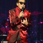 ■史上初の快挙! レーモンド松屋の新曲「Kissしてハグして大阪/星空のエレベーター」の2曲が有線放送キャンシステム「演歌お問合せランキング」で2カ月連続1位を獲得