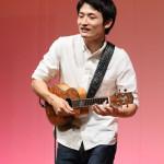 ■23歳の世界的ウクレレプレイヤー、名渡山遼が銀座山野楽器でライブ。ナ・ホク最優秀賞を受賞して大注目