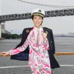 山内惠介が船上クルーズ・スペシャルイベント。1万通超の応募者の中から15組30人を招待。初の夏フェスも