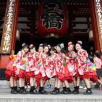 ■平均年齢11歳! 次世代アイドルグループ、民謡ガールズがミニアルバムでキングからメジャーデビュー。浅草寺でヒット祈願