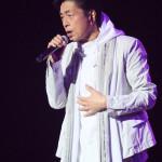 ■中村雅俊が全国20カ所ツアーの東京公演を中野サンプラザで。全25曲熱唱。母親の死を初公表