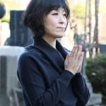 ■水森かおりが亡き恩人・徳間康快元社長の墓前に「NHK紅白歌合戦」14年連続14回出場を報告