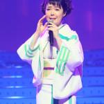 田川寿美がデビュー25周年記念コンサート。見どころはギターコーナーと自らプロデュースした着物を初披露