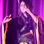 ■ビジュアル系演歌歌手・最上川司がデビュー2周年記念ディナーショー。演歌のカバー曲を含む全14曲熱唱