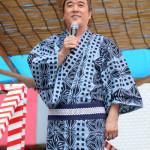■小金沢昇司が夏の風物詩「神楽坂ほおずき市」に参加。毘沙門天でミニライブ。新曲など6曲熱唱