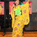 ■岡ゆう子が新曲「しあわせのサンバ」カラオケ&ダンス大会。グランプリは58歳の大嶋美咲さんが受賞