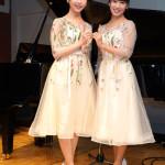 ■双子ソプラノデュオ、山田姉妹が銀座山野楽器で第2弾アルバム発売記念イベント。150人のファンが