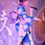 ■岩佐美咲が7弾シングル「佐渡の鬼太鼓」発売記念イベント。サプライズでDVDリリースを発表