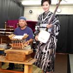 ■長山洋子がデビュー35周年記念曲第2弾「じょっぱり よされ」発売。三味線の皮張り実演を初見学