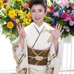 ■青木美保がデビュー35周年記念コンサート。新曲「乙姫川」や35曲メドレーなど全27曲熱唱