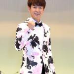 ■パク・ジュニョンが東京・浅草公会堂で2度目のコンサート。オリジナルや浜圭介メロディーなど全20曲熱唱