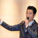 マススペシャルディナーショーでオリコン1位の新曲「春待ち草」も熱唱。同じ北海道出身のサクソフォーン奏者・西尾貴浩とコラボも披露