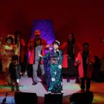 ■井上由美子が自ら構成・演出を手がけたコンサートで全20曲熱唱。1月9日発売の新曲「想い出の路」も披露