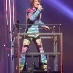 ■氷川きよしが日本武道館でデビュー20周年記念コンサート。2日間3公演で2万4000人を動員。3時間超にわたって全43曲熱唱