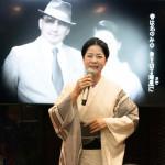 ■坂本冬美がCDショップで新曲「俺でいいのか」発売記念イベント。ミュージックビデオ上映会&振る舞い酒を