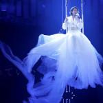 ■氷川きよしが42歳の誕生日に大阪・大阪城ホールでデビュー20周年記念コンサート。同ホールでの公演は単独では初めて。1日2公演で1万6000人を動員