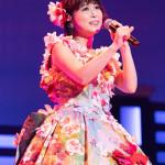 ■25年目を迎えた水森かおりが東京・中野サンプラザでメモリアルコンサート。昨年の紅白で大きな話題になったイリュージョンを再現