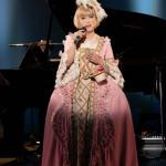 ■タブレット純が東京・博品館劇場でリサイタル。マヒナスターズの名曲や来春発売予定の新曲も披露