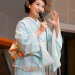 ■市川由紀乃がデビュー記念日に単独生配信ライブ。新曲など全6曲を熱唱し、長州小力がサプライズ出演。10月1日に東京国際フォーラムで無観客リサイタル開催も発表