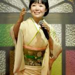 田川寿美が東京・豪徳寺で新曲「楓」ヒット御礼詣で。浅草ヨーロー堂で初めての生配信キャンペーンも開催